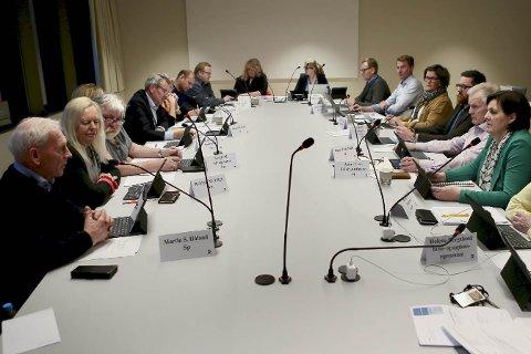 Et enstemmig Utvalg for byutvikling vedtok reguleringsplanen for ny E39 mellom Osli og Hove.