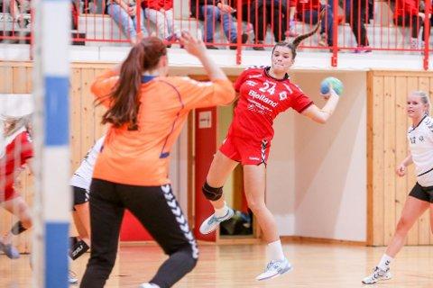 Kristina Sirum Novak ble Ålgårds toppscorer i lørdagens kamp mot Randesund. Her fra en tidligere kamp mot Stavanger IF.