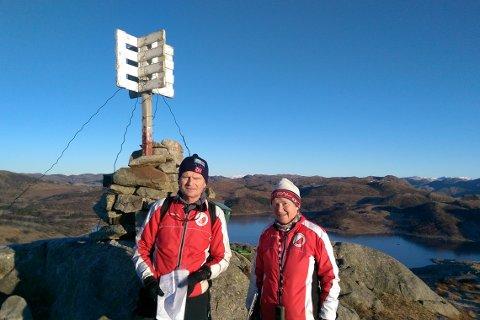 Harry Breiland og Kirsten Carlsen i Ålgård orientering har lagt ut årets poster.