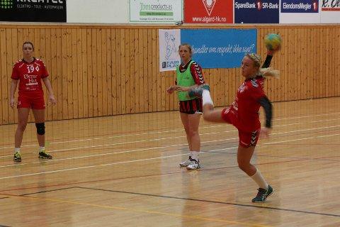 Maren Eiken Ravndal scoret sju ganger mot ØIF Arendal, tre av dem fra straffemerket.