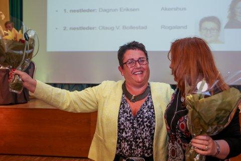Olaug Bollestad ble lørdag valgt til ny andre nestleder i Krf. Her sammen med første nestleder Dagrun Eriksen.