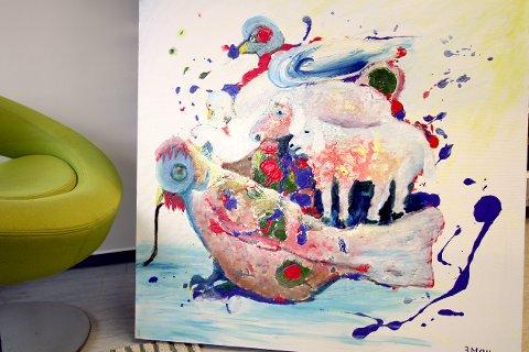 Måleriet av  Mario Miriano Moracchioli heiter «Fargane på mi jord» (omsett frå italiensk). Ein kan sjå det utstilt på biblioteket.