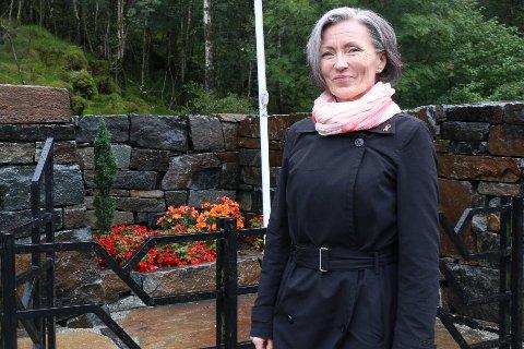 Mari Høie (H) ønsker at kommunen skal ta seg av søknader om oppskytning av fyrverkeri.