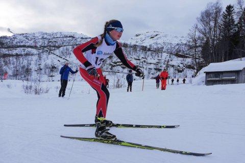 Malena Sirekrok ble kretsmester i både fristil og klassisk sprint i sitt aller første kretsmesterskap.
