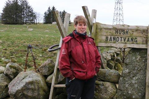 Gjesdal Bondelag, ved leder Marit Epletveit, er kritiske til stenging av fylkesveg 45 ved Dirdal kai.