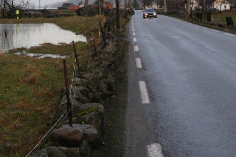 En bilist ble tatt i Dirdal i helgen. Bilen på bildet har ingenting med saken å gjøre.