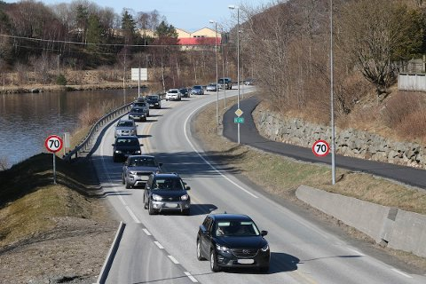 Allerede i tolv-tiden onsdag formiddag var det tett trafikk sørover på E39 gjennom Ålgård.