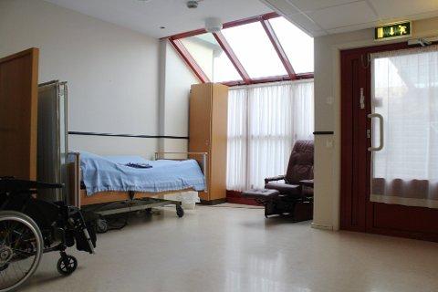 Frå 2010 til 2014 har pasientar sove i korridoren på Solås bo- og rehabiliteringssenter i 44 veker.