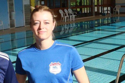 Tove-Katrin Åsen, leder i Ålgård svømmeklubb reagerer på stengte svømmehaller i Gjesdal.