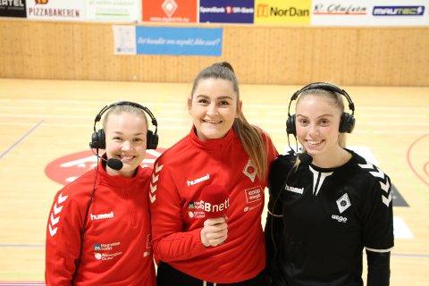 Maren Eiken Ravndal (fra venstre) Elise Pedersen og Stina Øen skal prøve seg som kommentatorer.