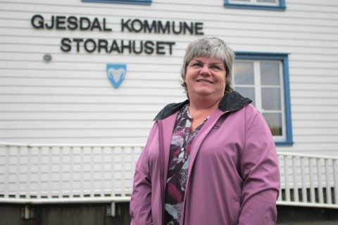Virksomhetsleder Hilde Frafjord leder smittesporingsgruppa i Gjesdal. I helga jobbet hun og de fire andre medlemmene lange dager på Storahuset.