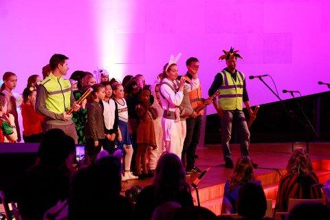 Caroline Espevik har de siste årene arrangert HalloVenn i Ålgård kirke, til stor glede for flere hundre barn og voksne. Koronasituasjonen gjør at årets arrangement er avlyst.
