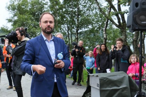 Håkon Lund og Kongeparken jobber sammen med andre familieparker for å utvikle bransjestandarder som kan forhindre smitte av koronaviruset.