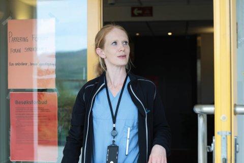 Monica Trosnavåg har vært renholder på Solåsheimen siden 2016. – Vi gjør en kjempeviktig jobb, og det tror jeg flere har lagt merke til den siste tiden, sier hun.