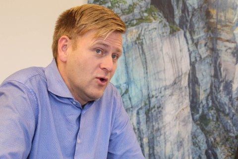 Ole Tom Guse i BR industrier fikk melding om hendelsen på mandag. Han mener det er uakseptabelt at skip dumper avfall i sjøen.