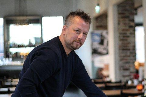 Etter to år som sjef på Lokstallen har Roy Sjursen valgt å hoppe av.