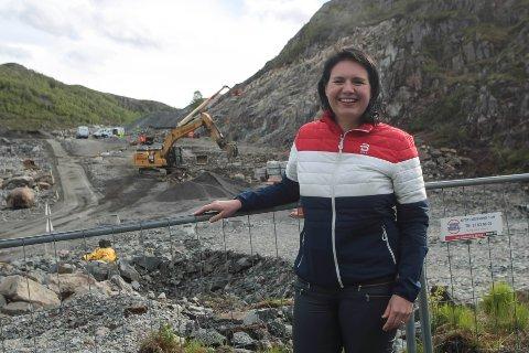 Kristine Marie Nødland fra Gilja har jobbet i Øster Hus i ti år. Nå ser hun fram til å legge boliger ut for salg i Kodlidalen.