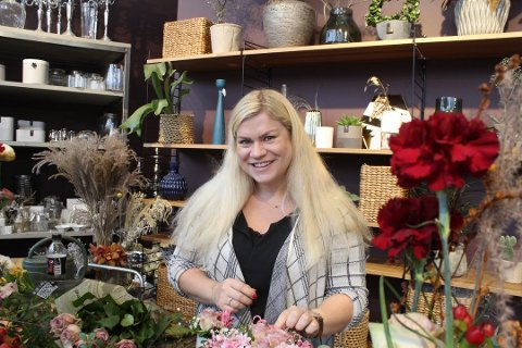Annica Njærheim åpner sin femte blomsterbutikk på Sandved.
