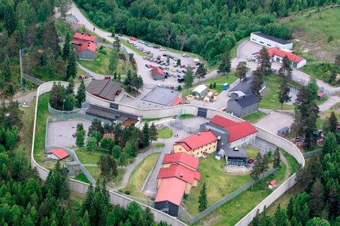 STIKKER AV: 32 innsatte på avdelingen for lav sikkerhet har stukket av fra fengslet på Vardåsen i Kongsvinger.  Illustrasjonsfoto: Ole-Johnny Myhrvold