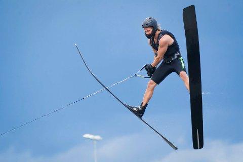 HOPP: Even Moss Lundemo tok NM-sølv i hopp.