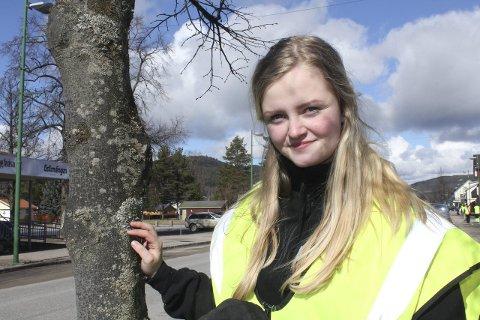 Fravær: Rina Christensen, elevrådsleder på Sønsterud, håper elevene blir med på fraværskampanjen som Solør videregående har i april. Den er som en protest mot tiprosentgrensen som innføres til høsten. Foto: Kenneth Mellem