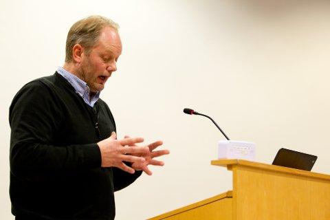 ENGASJERT: Innlegget til gruppeleder i Ap,  Tor Pålerud, var preget av den uroen skolesaken har skapt i partiet. Han manet til ro og forsoning.