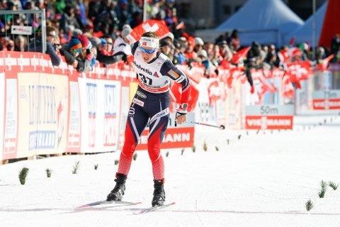 IMPONERER: Lotta Udnes Weng gikk et veldig godt renn under Tour de Ski tirsdag. Foto: Terje Pedersen / NTB scanpix