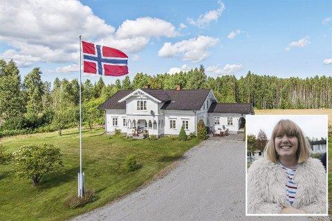 SOLGT: Brenna gård på Namnå, med en prisantydning på 7,5 millioner, ble solgt etter første visning. Liv Rønnaug B. Lilleåsen (innfelt) og samboer Ole Gunnar Bakkebråten var godt forberedt til budrunden.