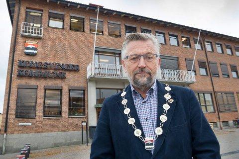 MEDGIFT: Ordfører i Kongsvinger, Sjur Strand, mener det bør følge med en medgift i form av penger dersom Grue må slå seg sammen med en av naboene.