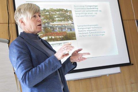 STRATEGI: Bystrategien fram mot 2050 legger grunnlaget for videre planlegging, sier rådgiver Hilde Nygaard i kommunen.FOTO: OLE-JOHNNY MYHRVOLD