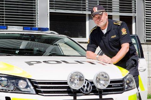 FORNØYD: Ordenssjef Ove Myrvold er fornøyd med trafikkavviklingen i forbindelse med skolestarten, men sier det er et par utfordringer.