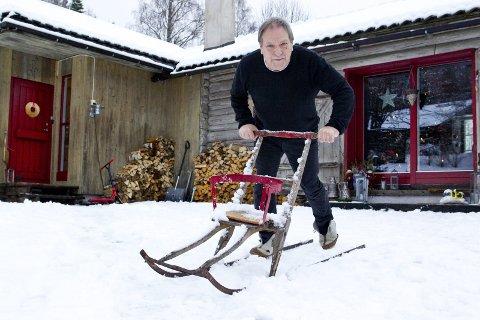 ALLTID AKTIV: Årets glåmdøl Johny Gullaker Johnson hviler ikke på sine laurbær. Nå drar han i gang filmklubb i Kongsvinger.foto: ole-johnny myhrvold