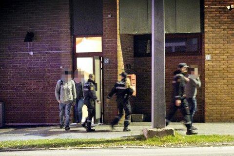 POLITIAKSJON: Det var den 8. oktober i forfjor at politiet slo til mot lokalet i Kongsvinger sentrum. Her ble det bedrevet ulovlig pokerspilling, mener påtalemyndigheten. Nå er to menn tiltalt.