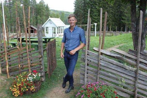 MER FARMEN: Gaute Grøtta Grav kan kanskje ønske velkommen til mer Farmen i Grue. Det er søkt om stenging av Finnskogveien forbi Gjedtjernet til sommeren.