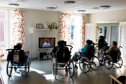 Illustrasjonsbilde: Torsdag morgen ble det kjent at NHO vil gjennomføre en såkalt «lockout» og totalt ta ut 500 sykepleiere fra sin arbeidsplass. Bøn sykehjem er en av institusjonene som rammes.