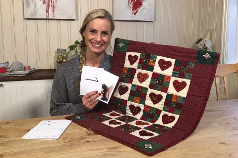 DNBs forbrukerøkonom Silje Sandmæl mener foreldre må stå mot kjøpepresset og unngå stadig dyrere julekalendere og julegaver. Selv lager hun skattekart til sine tre barn som fører fram til bare små eller symbolske gaver. Det er jakten som er morsom, sier Sandmæl.