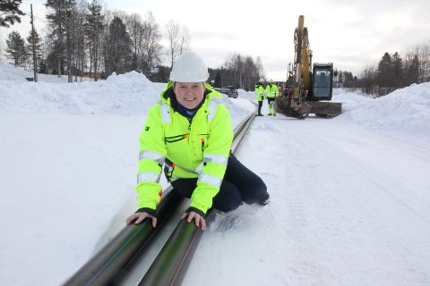 FORNØYD: Ingeborg Hønsen Aasvangen, avdelingsleder for kommunalteknikk, er glad for at utskiftingen av gamle ledninger gir mindre  vannproblemer for sørodølingene.