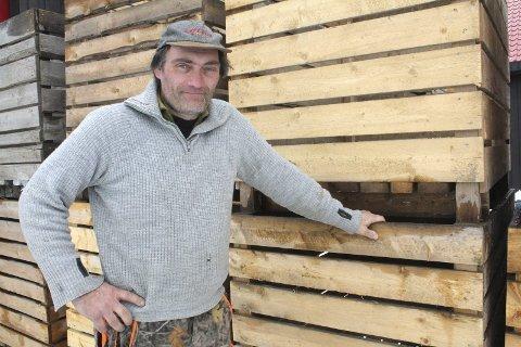 Andreas Bjertnes har kjøpt jorda og skogen på Hovelsåsen for 4.3 millioner.