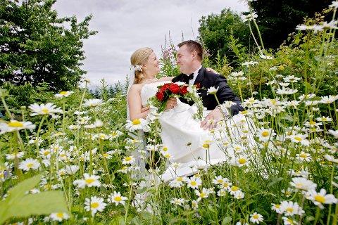 BRYLLUP: Sommeren er høysesong for bryllup, men det er færre som velger å gifte seg.