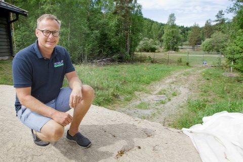 BEDRER SIKKERHETEN: Tom Bratberg, avdelingsleder for vann hos GIVAS, som nå får nytt vannbehandlingsanlegg for Kongsvinger og Grue. Foto: Ole-Johnny Myhrvold