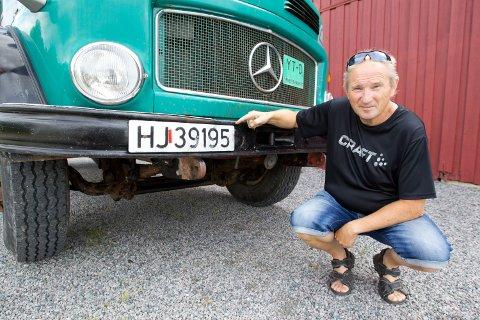 AVSKILTET: Denne lastebilen til Arne Nilsen ble av en feiltagelse avskiltet av Statens vegvesen og dermed forsvant også forsikringen. Dette oppdaget kona til Arne ved en tilfeldighet.