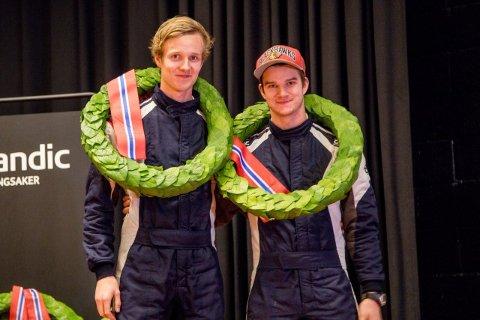 SEIER: Lars Martin og Mads Ola Stensbøl kommer hjem med laubærkrans.