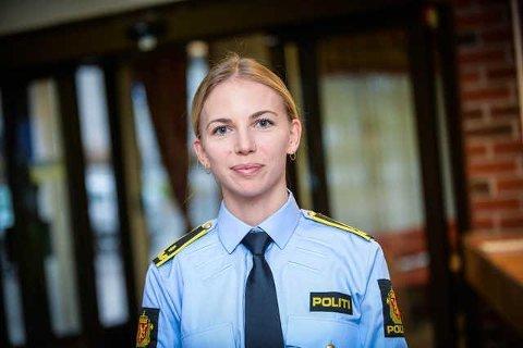 ALVORLIG: Ingrid Skogsholm forteller at politiet ser alvorlig på saken hvor en bedriftsleder hadde overgrepsbilder og videoer av barn. Det ble funnet over 1600 bilder og åtte videoer hos mannen.