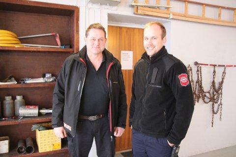 Severin Aarskog og Martin Heimdal fra Glåmdal Brannvesen kan fortelle at det gikk bra på nyttårsaften i fjor, og at hvis alle passer på vil det også gå bra i år.