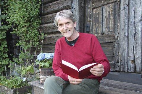 ERFAREN: Hans Ludvig Fredheim vil ha tenåringene med seg på skrivekurs - i spennet mellom sms-tekster til dikt.