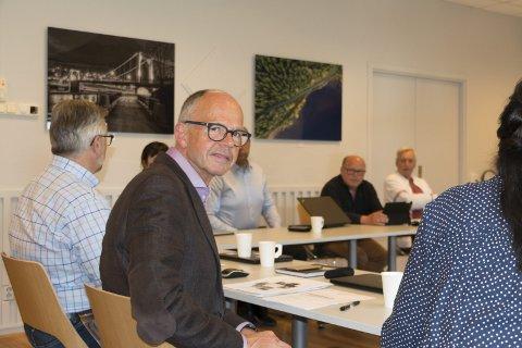COMEBACK: Tidligere rådmann Torleif Lindahl har sagt ja til å vikariere som kommunens øverste byråkrat inntil videre. Han er opptatt av at både publikum og ansatte ikke skal bli skadelidende som følge av uroen som har vært i kommuneadministrasjonen. Tirsdag presenterte han sine planer for formannskapspolitikerne.
