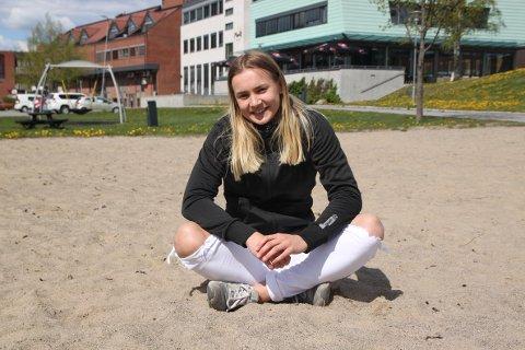 BEACH HÅNDBALL: Maren Sjaamo spiller året rundt.