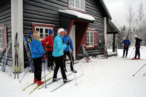 Fullt liv på skihytta vinterstid - søndag er det også sommeråpent!