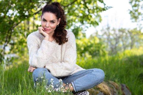 SKADET: Triana Iglesias ble skadet under Farmen kjendis. Her fotografert som programleder i Paradise Hotel.