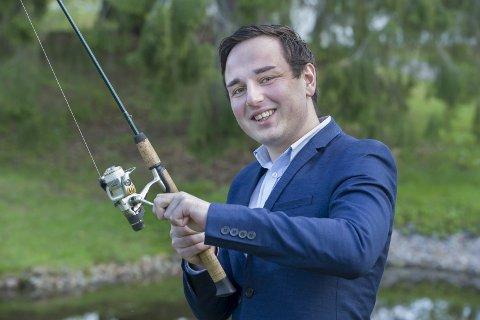 MOTSATT fortegn: Daniel Madsen Nordseth vil bli politiker i et forsøk på å redusere politikernes makt og innflytelse. FOTO: JENS HAUGEN